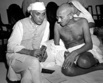Gandhi & Nehru (1942)